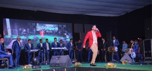 LIVE PERFORMANCE WITH BAND